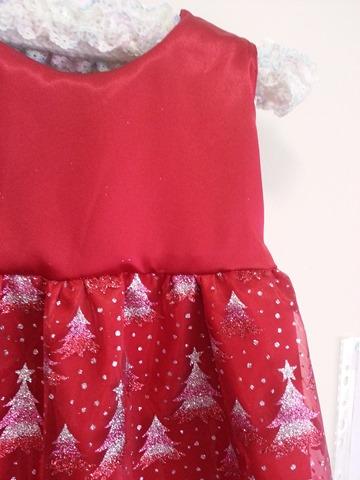 f5ce6b9a842f Enkelt nyttårs klänning till tjejen. Hur man syr ett nytt års ...